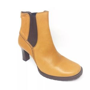 Cole Haan Country Chelsea Ankle Boots Size 8.5 B